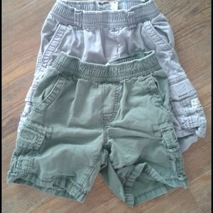 2 pairs of size 4 Children's Place shorts